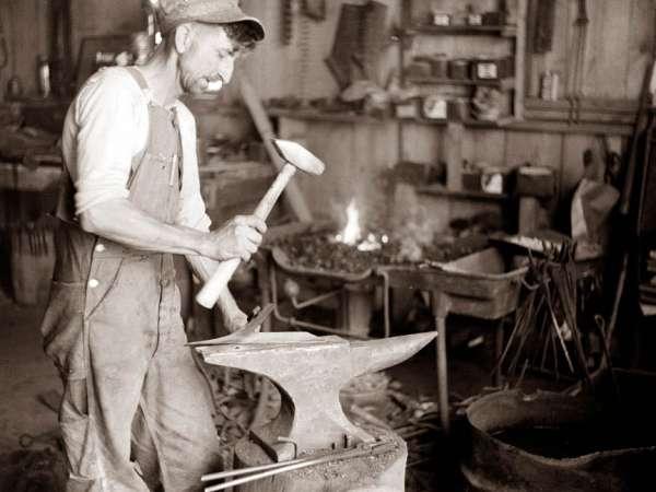blacksmith-anvil-600x450
