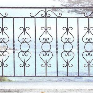Παραδοσιακά κάγκελα σιδήρου Αλμέ σχέδιο 41 για μπαλκόνι