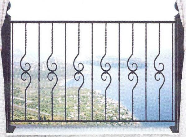 Παραδοσιακά κάγκελα σιδήρου Αλμέ σχέδιο 43 για μπαλκόνι