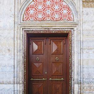 Πόρτα ασφαλείας Golden Door μασίφ με χρυσό σκάλισμα