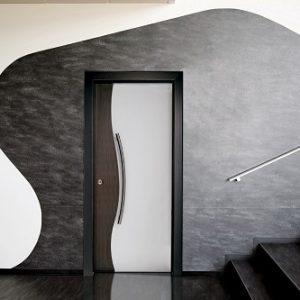 Πόρτα ασφαλείας Golden Door μοντέρνο σχέδιο σε καπλαμά E5