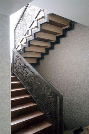 Σκάλες : Κωδικός 99