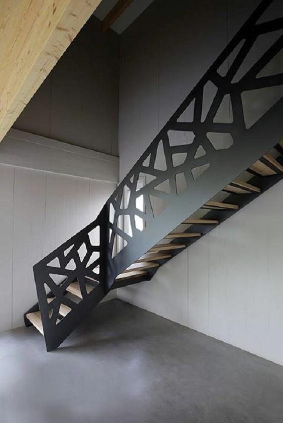 Σκάλες : Κωδικός 109