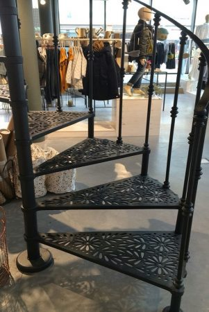 Σκάλες : Κωδικός 111