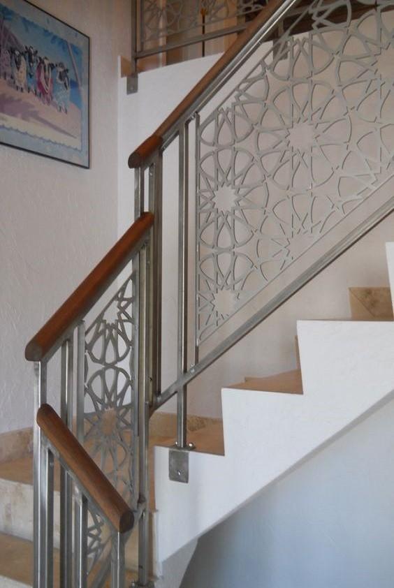 Σκάλες : Κωδικός 112
