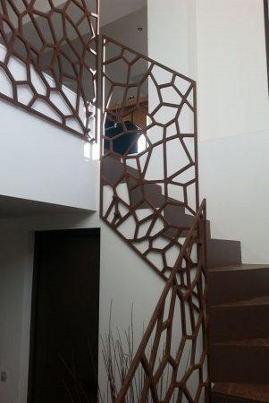 Σκάλες : Κωδικός 104